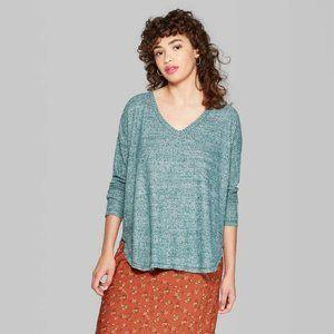 NWT Wild Fable Long Sleeve Cozy Shirt Size Medium